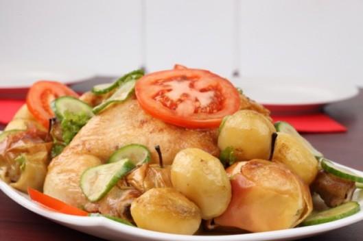 comidas--platos--la-papa--el-pollo-con-manzanas_3319843