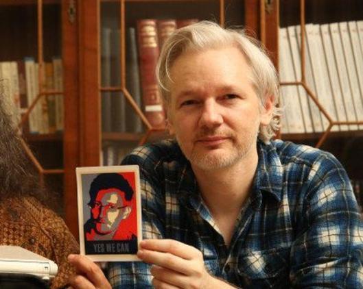 fotografía Assange y Snowden