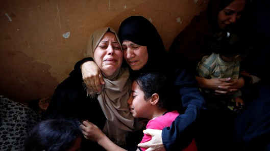 Palestinos familia de asesinados